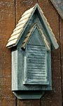 Heartwood Victorian Bat House, Grey, 100 bats