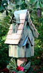 Heartwood Boyds' Bungalow Bird House, Green